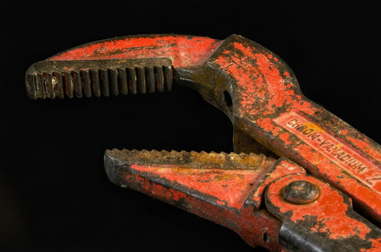 Pipe wrench in Leiden